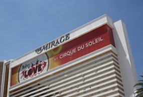 Battle of the Vegas Mega Suites: The Mirage Hospitality Suite